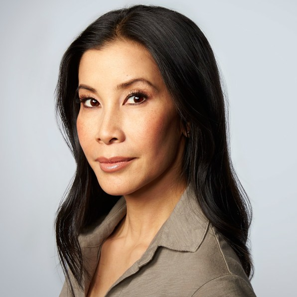 celeb plasticsurgery 3037275 inline i 1 how lisa ling gets to tell the kinds of stories she wants to tell on television 20201203 Lisa Ling Before and After Plastic Surgery November 9, 2020