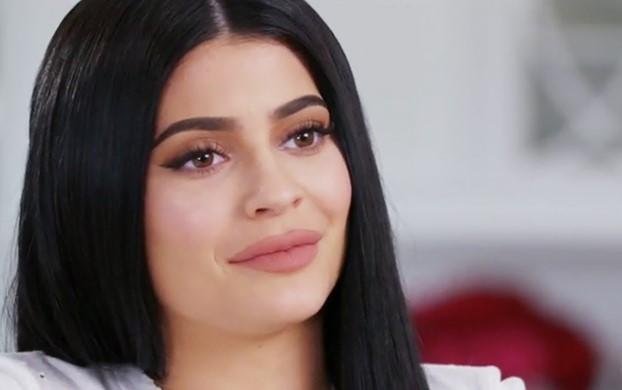 celeb plasticsurgery kylie jenner plastic surgery 20201203 Kylie Jenner Before and after plastic surgery October 30, 2020