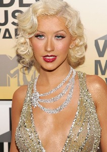 fig 23 01 2021 12 30 27 Deep details about Christina Aguilera's plastic surgery January 23, 2021